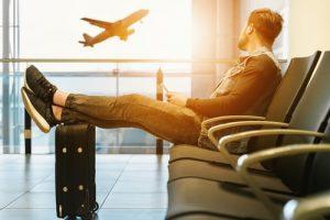 Companhias aéreas sofrem na pandemia, mas você sabe quais são os direitos do passageiro?